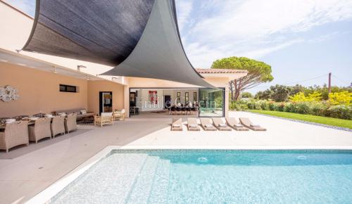 Luxury House for rent RAMATUELLE, 260 m², 5 Bedrooms,