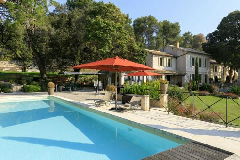 Luxury House for rent FONTVIEILLE, 600 m², 8 Bedrooms,