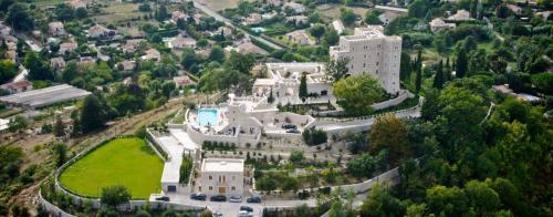 Luxury House for rent SAINT JEANNET, 2500 m², 11 Bedrooms,