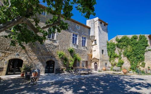 Maison de luxe à vendre LAMBESC, 700 m², 10 Chambres, 7600000€