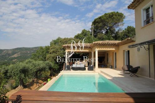 Luxus-Villa zu verkaufen PLAN DE LA TOUR, 300 m², 5 Schlafzimmer, 1790000€