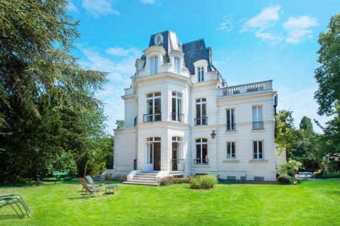 Hôtel particulier de luxe à vendre SAINT CLOUD, 350 m², 5 Chambres, 4075000€