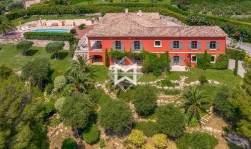 Maison de luxe à vendre MOUGINS, 475 m², 6 Chambres, 4925000€