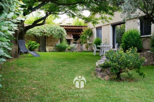 Maison de luxe à vendre SAINTE TULLE, 210 m², 5 Chambres, 549000€
