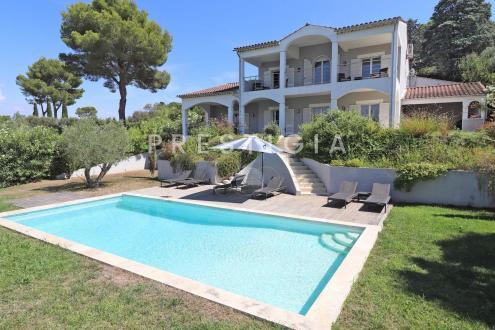 Villa de luxe à vendre MOUGINS, 297 m², 5 Chambres, 1950000€