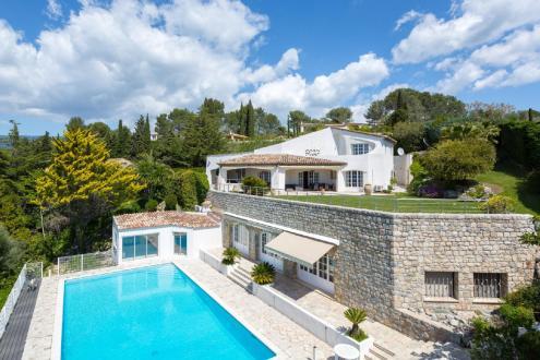 Maison de luxe à louer MOUANS SARTOUX, 550 m², 6 Chambres,