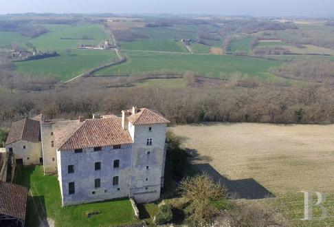 Château / Manoir de luxe à vendre AUCH, 862 m², 11 Chambres, 890000€