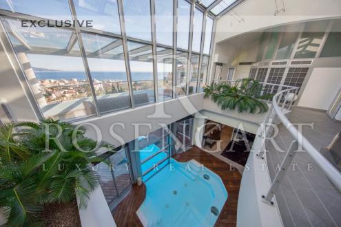 Villa de luxe à vendre ROQUEBRUNE CAP MARTIN, 550 m², 4 Chambres, 6350000€