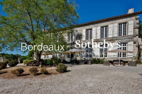 Château / Manoir de luxe à vendre BORDEAUX, 500 m², 14 Chambres, 997000€