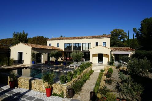 Maison de luxe à vendre MAUSSANE LES ALPILLES, 325 m², 5 Chambres, 2120000€