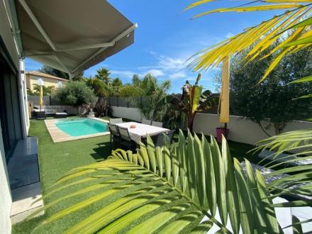 Maison de luxe à vendre SANARY SUR MER, 114 m², 3 Chambres, 675000€