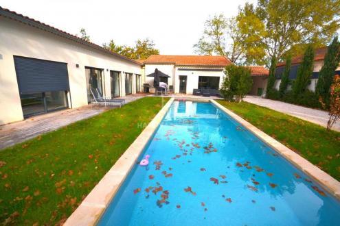 Maison de luxe à vendre SAINT REMY DE PROVENCE, 226 m², 5 Chambres, 995000€