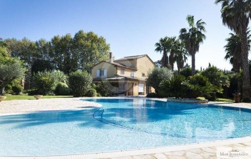 Luxe Domein  te koop PERPIGNAN, 322 m², 3 Slaapkamers, 1195000€