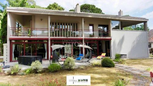 Maison de luxe à vendre SAINT BREVIN L'OCEAN, 316 m², 7 Chambres, 958300€