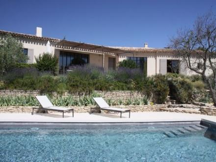 Luxury House for rent CABRIERES D'AVIGNON, 190 m²,
