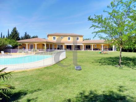 Luxury House for sale L'ISLE SUR LA SORGUE, 350 m², 6 Bedrooms, €1900000