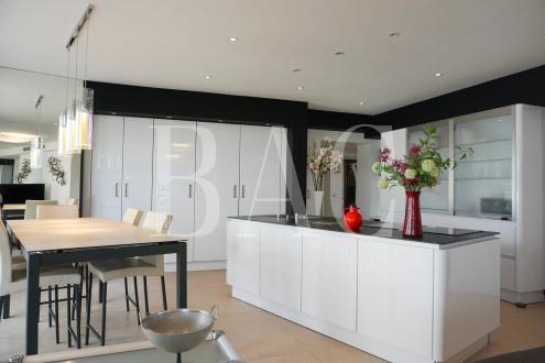 Квартира класса люкс на продажу  Канны, 120 м², 3 Спальни, 1595000€
