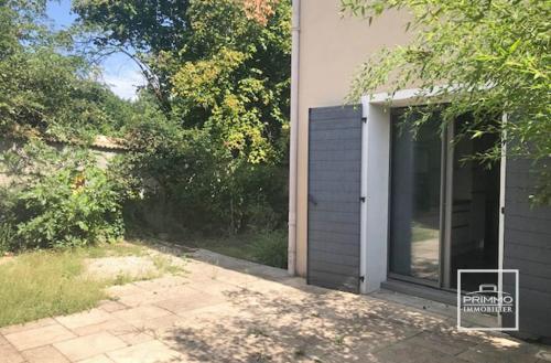 Maison de luxe à vendre SAINT CYR AU MONT D'OR, 103 m², 2 Chambres, 580000€