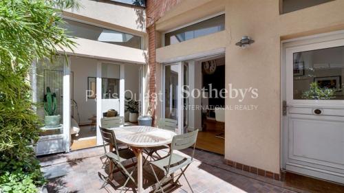 Luxus-Haus zu verkaufen PARIS 17E, 107 m², 3 Schlafzimmer, 2130000€