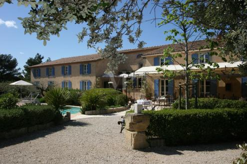 Maison de luxe à vendre SAINT REMY DE PROVENCE, 930 m², 15 Chambres, 2984000€