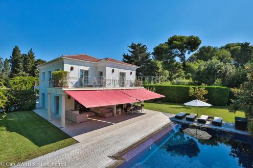 Villa de luxe à vendre CAP D'ANTIBES, 274 m², 4 Chambres, 6900000€