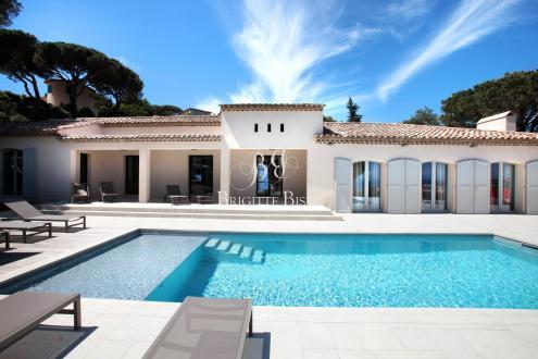 Вилла класса люкс на продажу  Сент-Максим, 200 м², 4 Спальни, 2200000€
