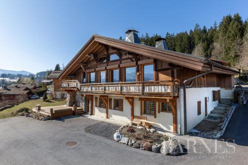 Luxe Farm te koop COMBLOUX, 320 m², 5 Slaapkamers, 2100000€