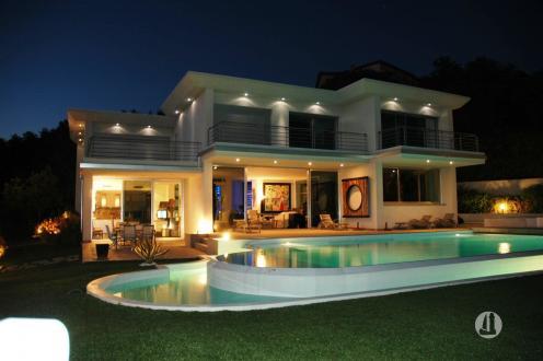 Luxus-Villa zu verkaufen LES ISSAMBRES, 300 m², 5 Schlafzimmer, 3100000€