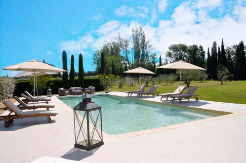 Luxury House for rent EYGALIERES, 450 m², 6 Bedrooms,