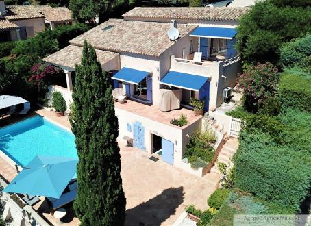 Villa de luxe à vendre CAVALAIRE SUR MER, 146 m², 3 Chambres, 1090000€