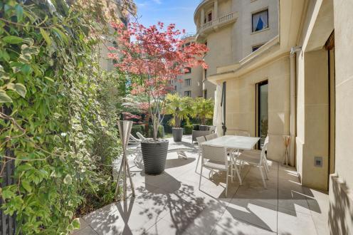 Дом класса люкс на продажу  Париж 16ый, 424 м², 4 Спальни, 10500000€