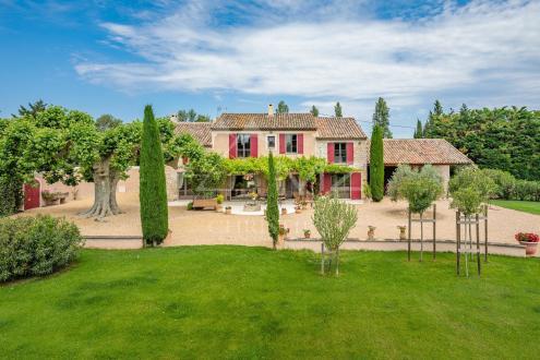 Luxus-Haus zu verkaufen EYGALIERES, 285 m², 4 Schlafzimmer, 1490000€