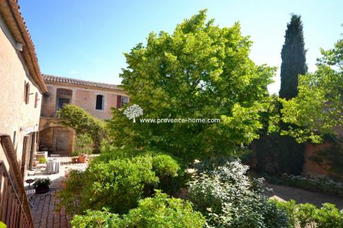 Luxury Property for sale GOULT, 450 m², 6 Bedrooms, € 1 450 000