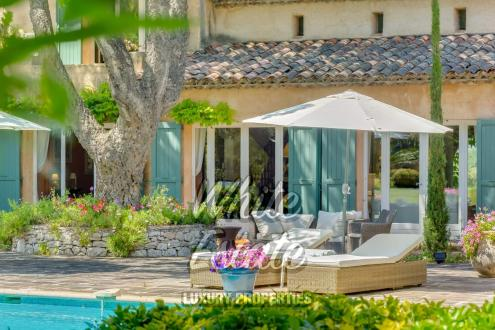 Luxury House for sale VALBONNE, 295 m², 6 Bedrooms, € 2 180 000