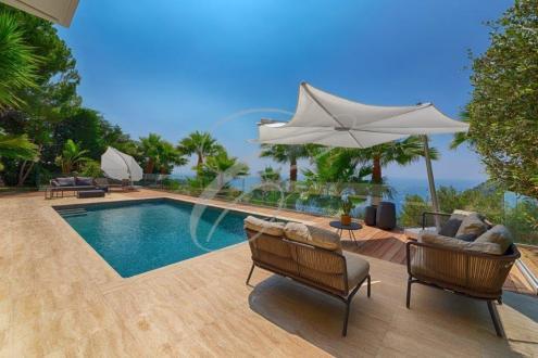 Вилла класса люкс на продажу  Эз, 300 м², 4 Спальни, 4800000€