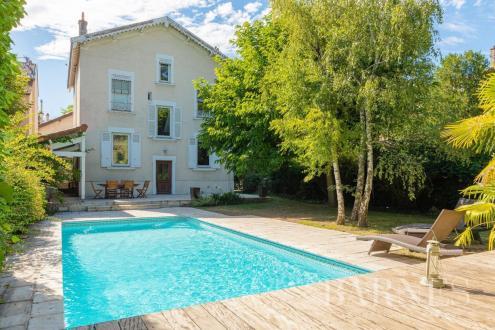 Maison de luxe à vendre LYON, 215 m², 5 Chambres, 1665000€