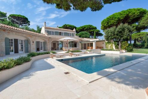Luxury House for rent SAINT TROPEZ, 300 m², 7 Bedrooms,