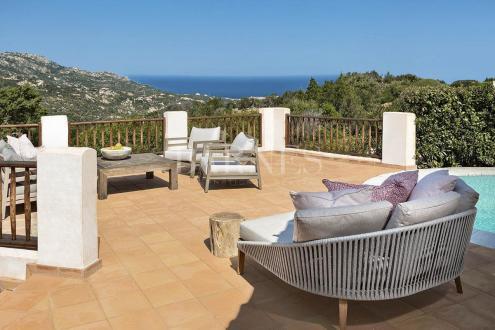 Villa de luxe à vendre Italie, 5 Chambres, 1900000€