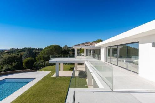 Maison de luxe à vendre GRIMAUD, 359 m², 6 Chambres, 9950000€