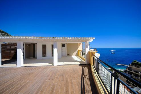 Квартира класса люкс на продажу  Монако, 110 м², 2 Спальни, 7700000€