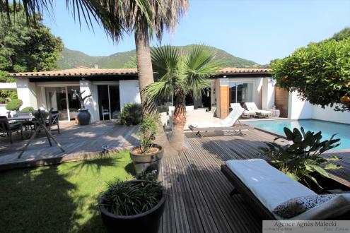Luxury Villa for sale CAVALAIRE SUR MER, 170 m², 3 Bedrooms, €785000