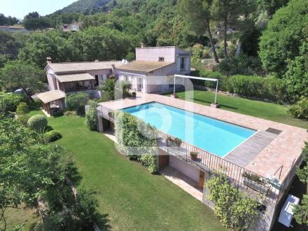 Luxury House for sale TOURRETTES SUR LOUP, 320 m², 7 Bedrooms, € 1 245 000