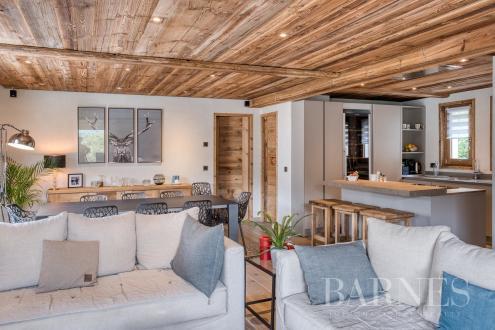 Luxe Landhuis te koop COMBLOUX, 193 m², 5 Slaapkamers, 890000€