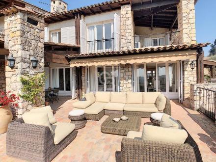 Maison de luxe à vendre MOUGINS, 220 m², 5 Chambres, 1250000€