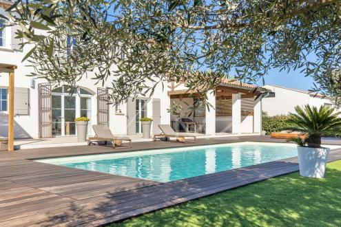 Luxus-Liegenschaft zu verkaufen ARLES, 5 Schlafzimmer, 1550000€