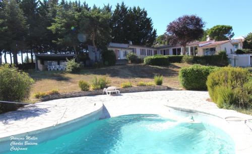 Maison de luxe à vendre MONTFURON, 179 m², 4 Chambres, 676000€