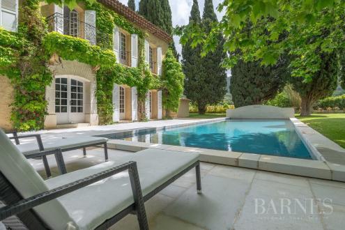 Maison de luxe à vendre SAINT CYR SUR MER, 500 m², 7 Chambres, 2490000€