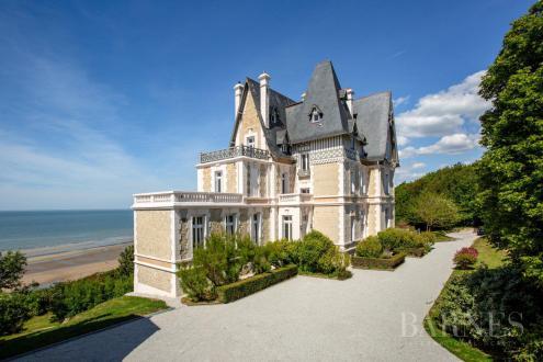 Maison de luxe à louer DEAUVILLE, 700 m², 8 Chambres,