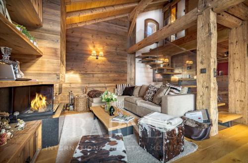 Luxury Chalet for rent MEGEVE, 150 m², 3 Bedrooms,