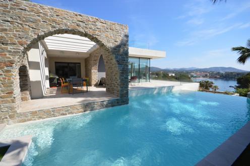 Luxus-Villa zu verkaufen SAINT RAPHAEL, 300 m², 5 Schlafzimmer, 4750000€